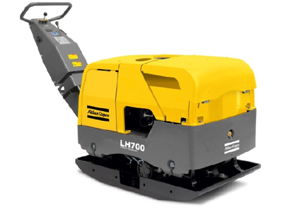 lg700